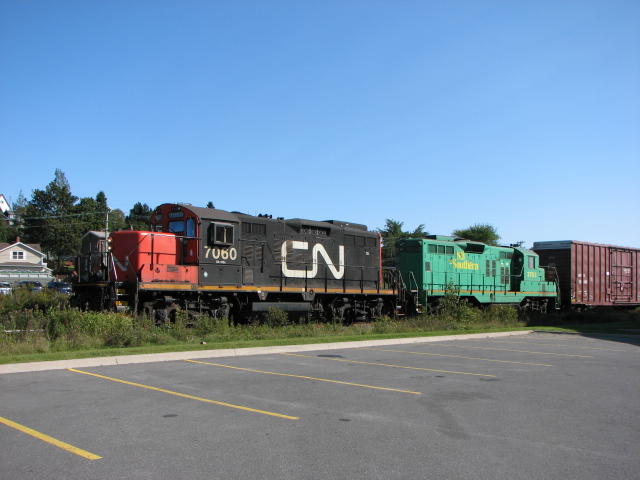 CN 7060 and NBSR 3701 in Saint John, NB