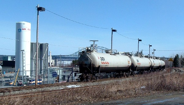 Tank cars at Ultramar