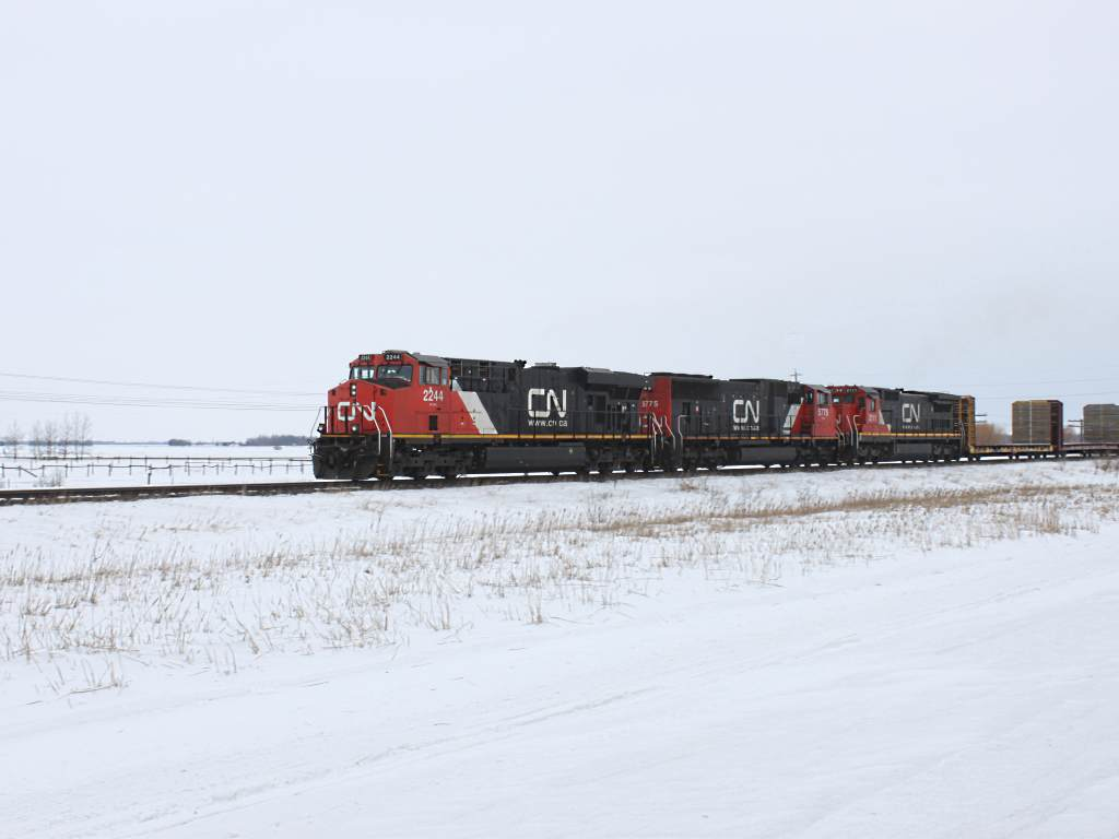 CN 2244 near Winnipeg, MB 2011/02/11