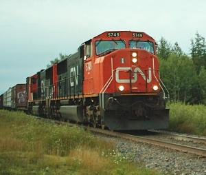 CN 305 at McGivney, NB 2004/08/06
