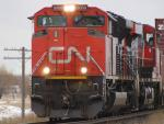 CN 8000 in Winnipeg, MB 2011/04/16