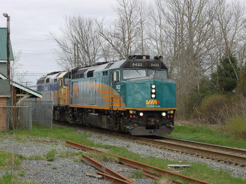 VIA 6433 at Elmsdale Nova Scotia
