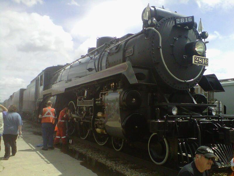 CP 2816 in Chaplin SK