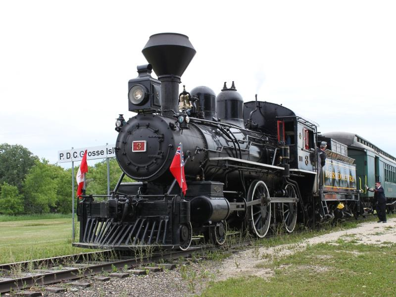 Prairie Dog Central steam engine in Grosse Isle