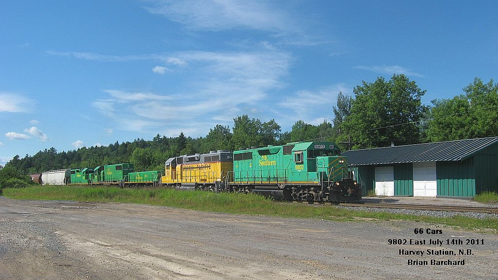 NBSR 9802 and HLCX 911 in Harvey, NB 2011/07/14 by Brian Barchard