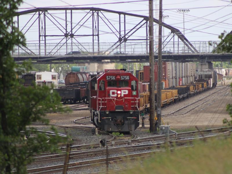 CP 5756 in Winnipeg