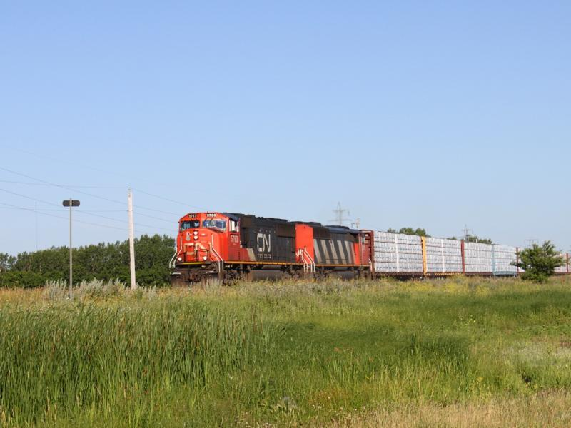 CN 5763 in Winnipeg, MB 2011/07/13