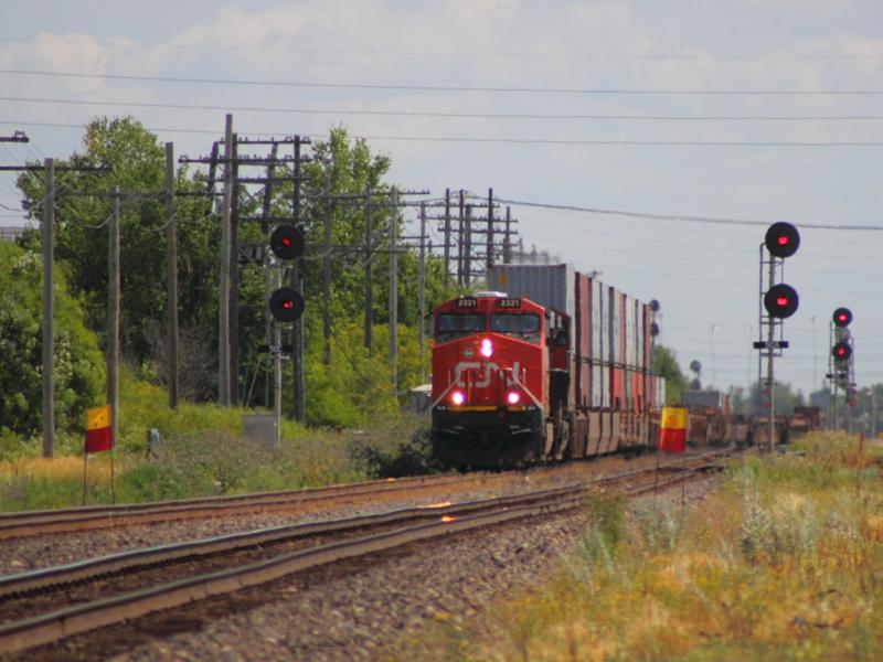 CN 2321 in Winnipeg