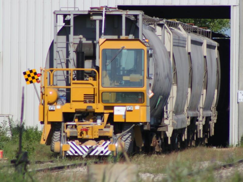 Inland Cement car mover