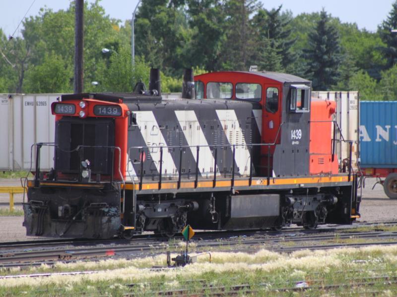 CN 1439 in Regina