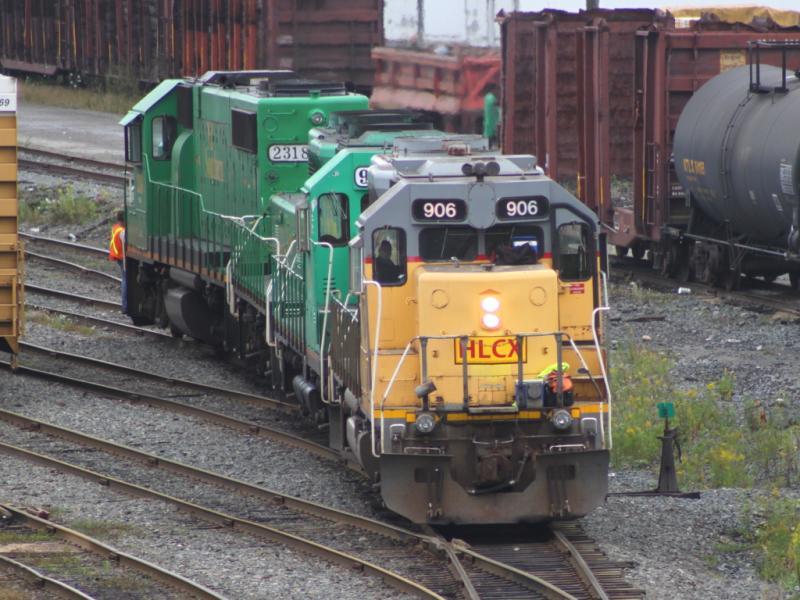 HLCX 906 in Saint John