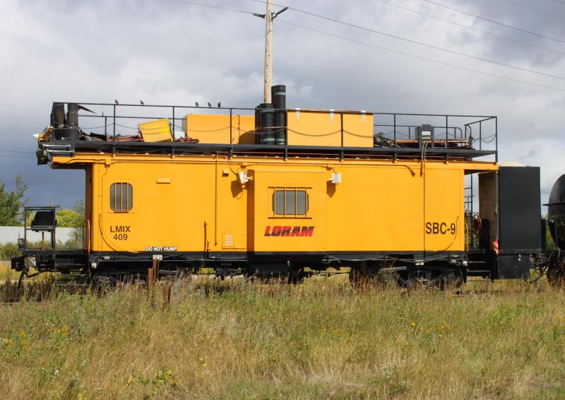 Loram Caboose SBC-9 in Winnipeg, MB 2011/09/14
