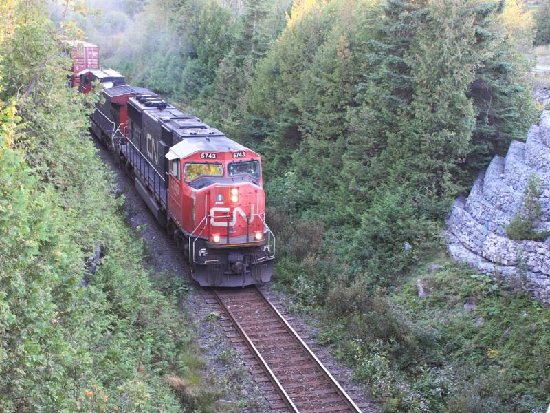 CN 5743 in Rothesay