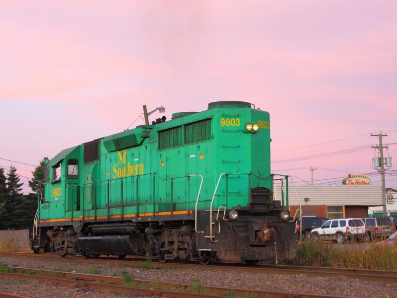 NBSR 9803 in Saint John, NB 2011/09/26