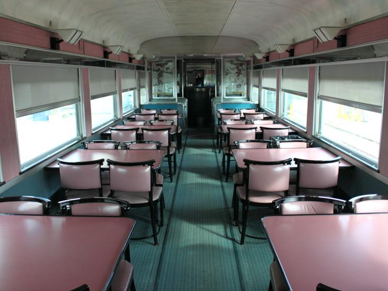Diner seats (Annapolis) in Winnipeg 2011/10/14