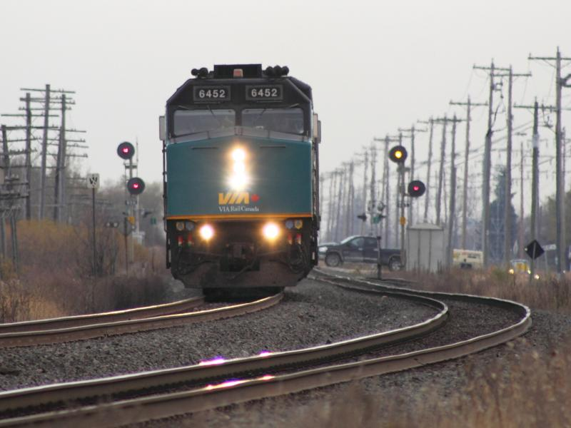 VIA 6452 in Winnipeg, MB 2011/10/25