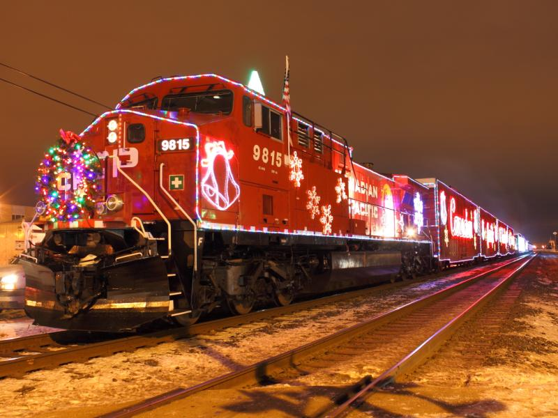 CP 9815 in Winnipeg