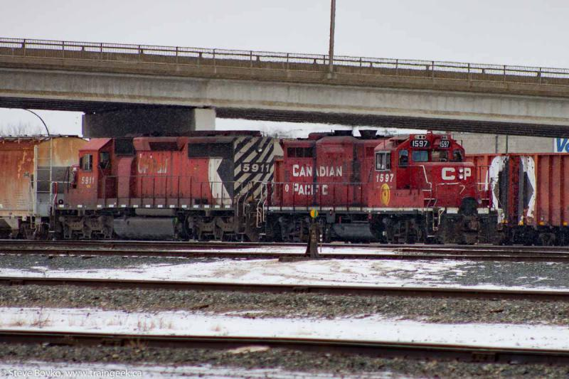CP 1597 and CP 5911 in Winnipeg, MB 2011/12/03