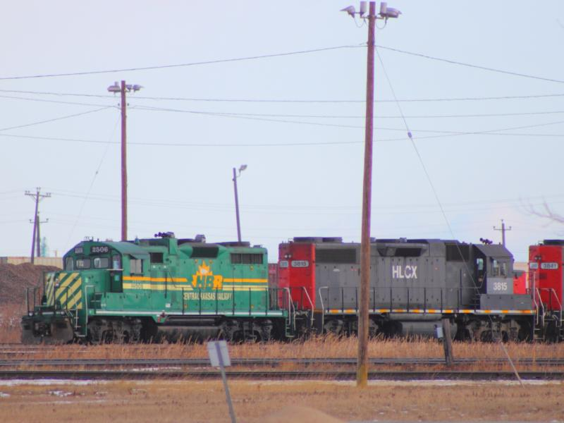 HBRY 2506 with HLCX 3815 and 3841 in Winnipeg, MB 2011/12/07