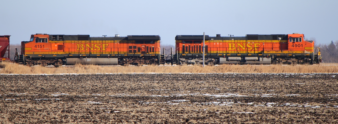 BNSF 4901 and BNSF 4151 Heading to Fargo, ND 2012/02/05