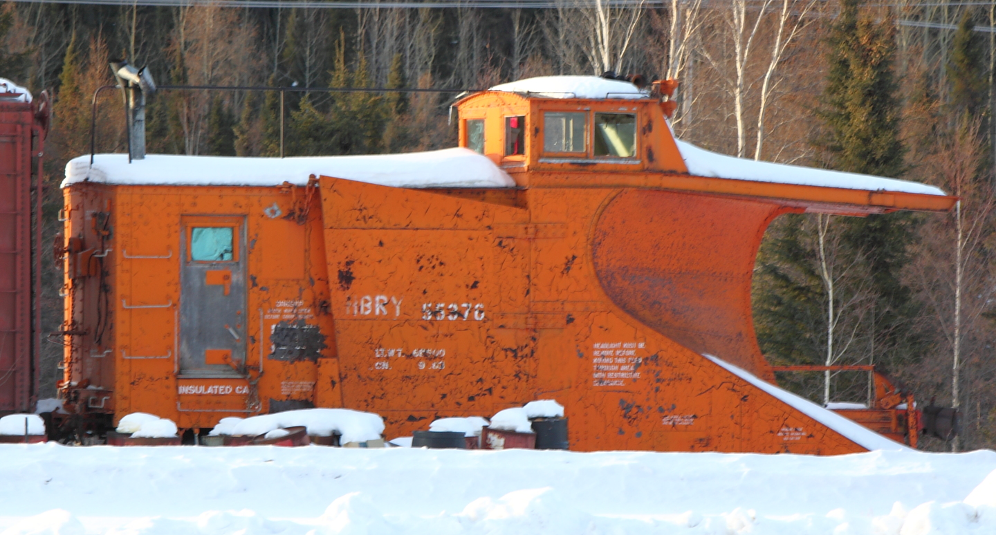 Plow 55376 in Thompson, MB 2012/03/06