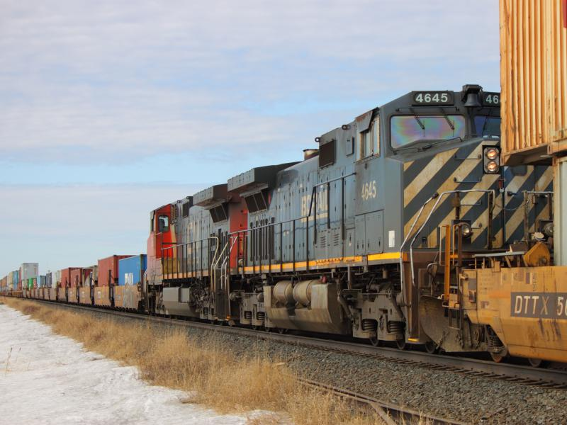 BCOL 4645 in Winnipeg, MB 2012/03/15
