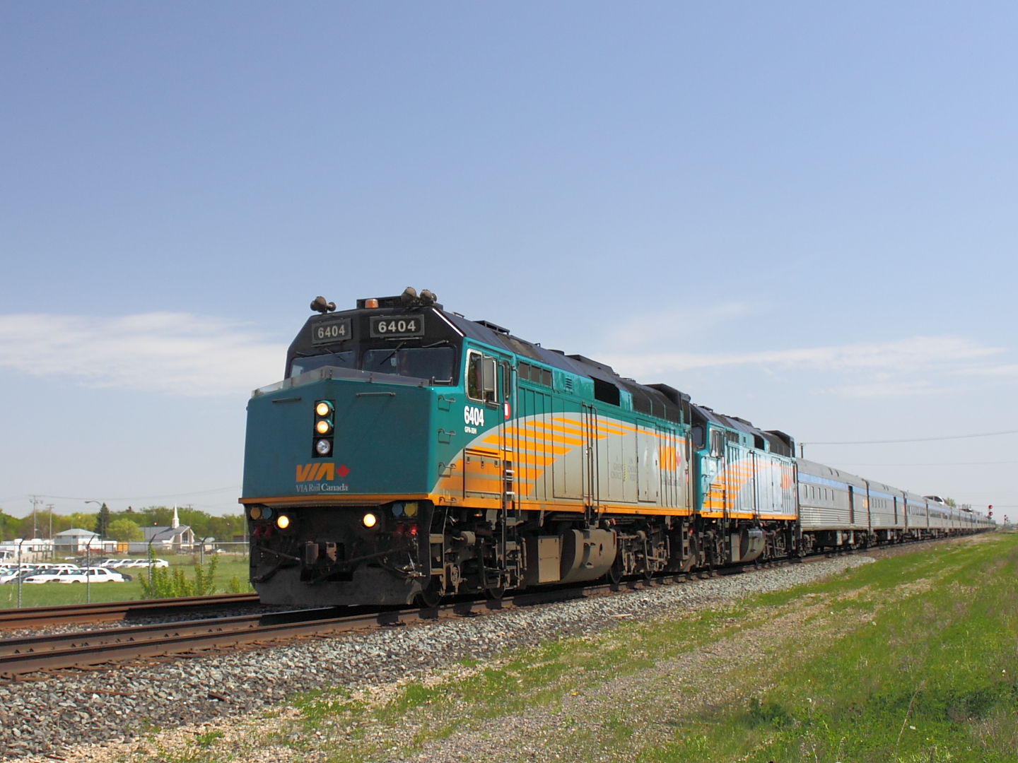 VIA 6404 in Winnipeg, MB 2012/05/17