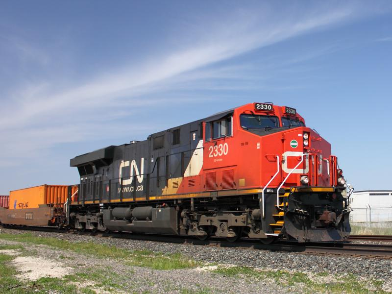 CN 2330 in Winnipeg