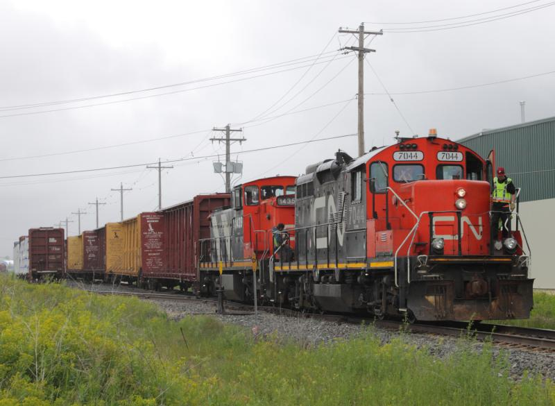 CN 7044 in Winnipeg