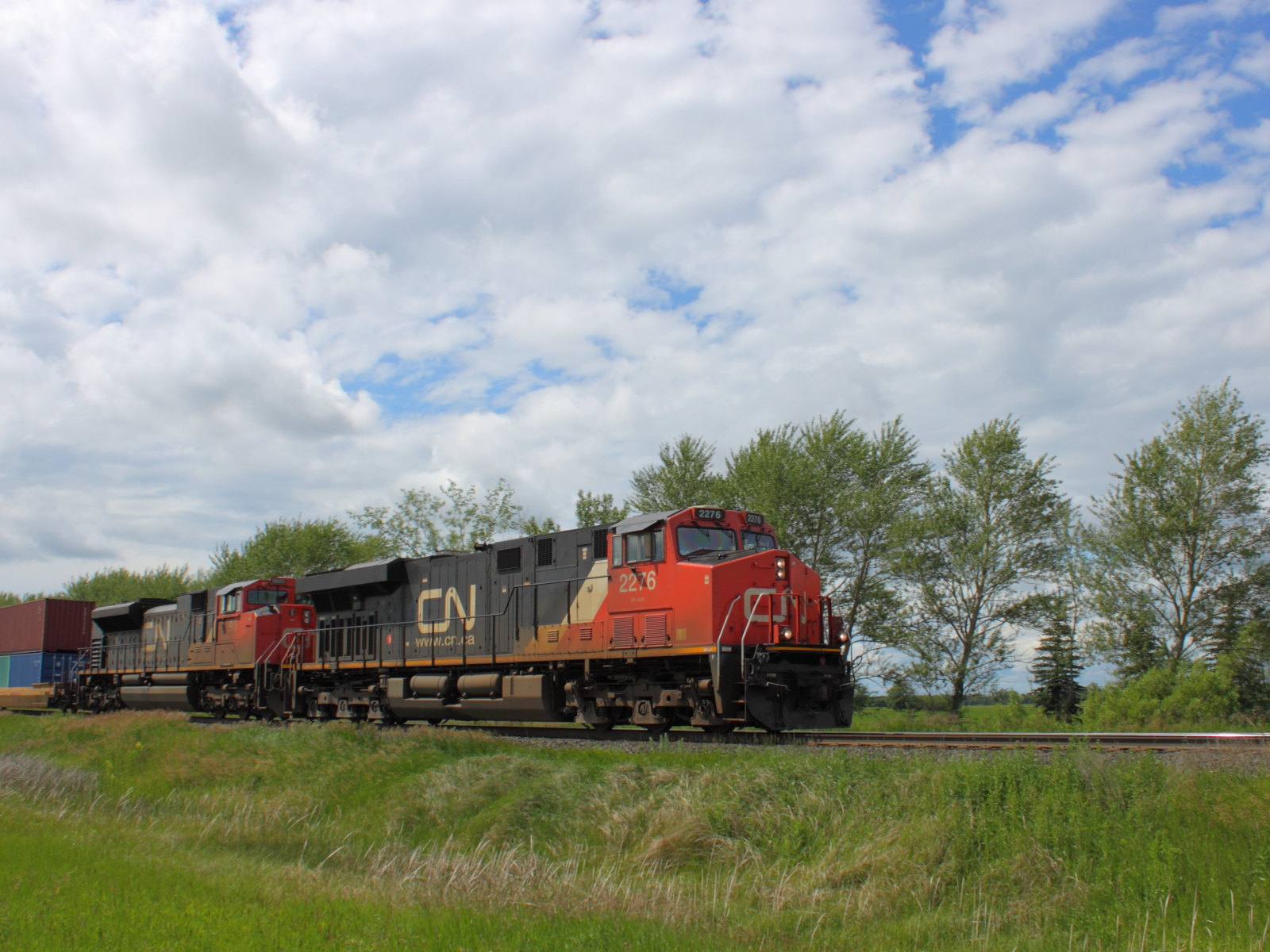 CN 2276 in Winnipeg, MB 2012/06/20