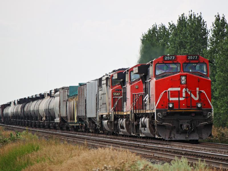 CN 2577 in Winnipeg