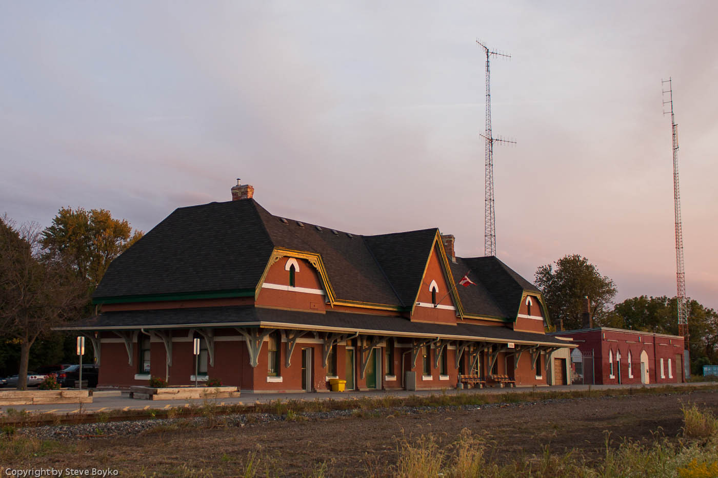The VIA Rail station in Chatham, Ontario 2012/09/26