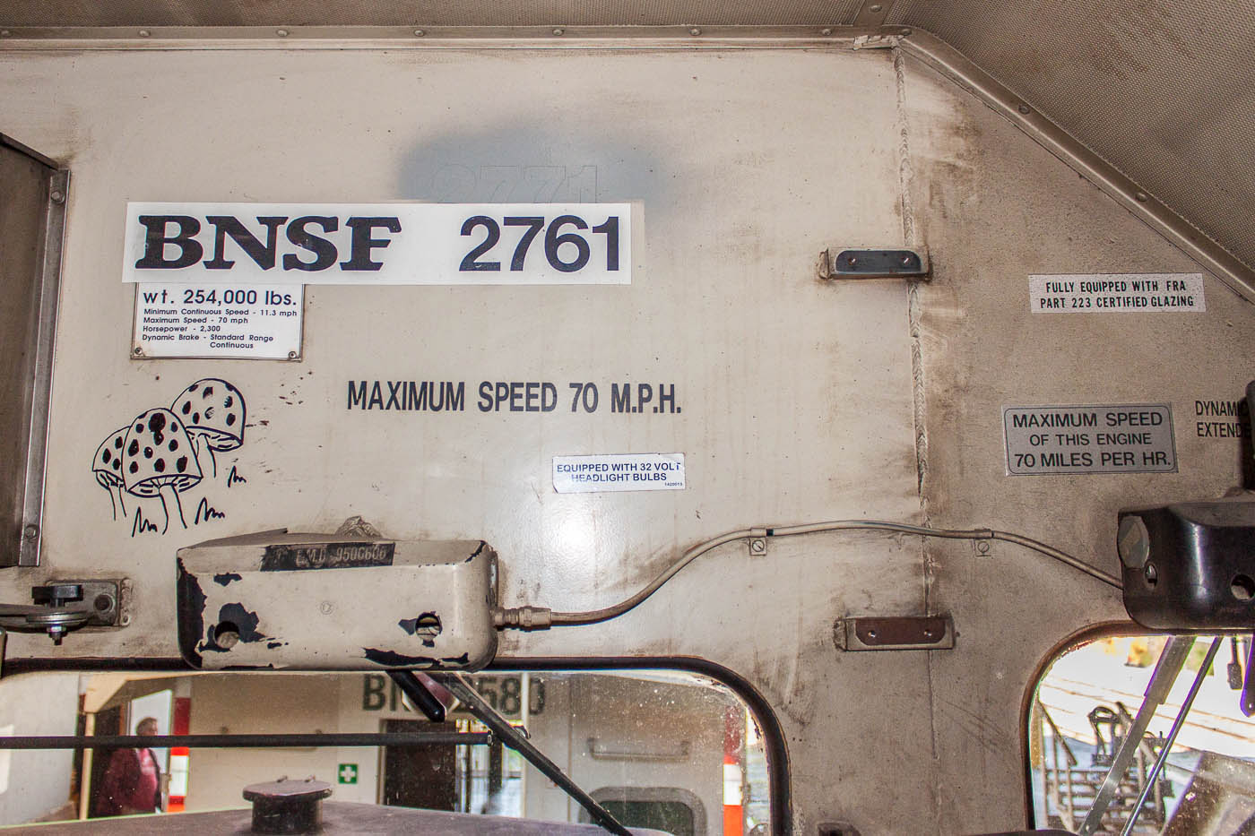 Cab view of BNSF 2761 in Winnipeg, MB 2012/09/15