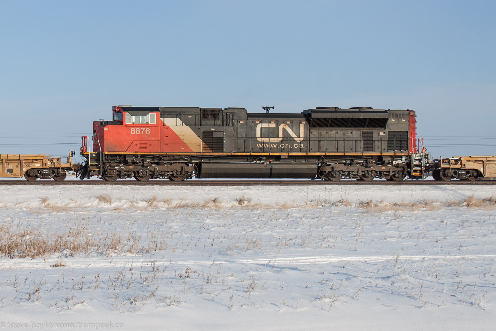 CN 8876 in Winnipeg 2013/01/01