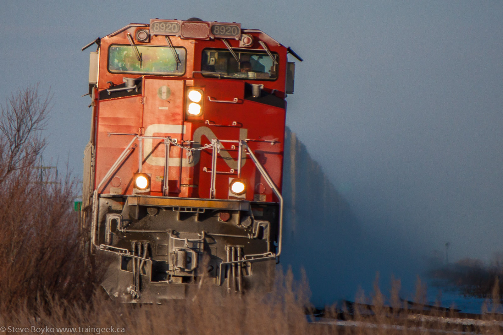 CN 8920 near Winnipeg, MB 2013/01/01