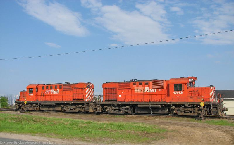 NBEC 1813 and 1818 in Miramichi, NB, May 28, 2007.