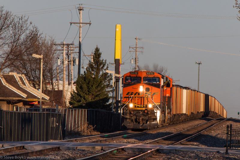 BNSF 6222 in Fargo