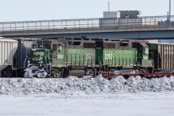 BNSF 2921 and BNSF 2082 in Grand Forks, ND 2014/02/16