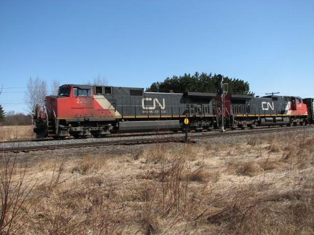 CN 2200 at Cantor, NB 2007/04/21