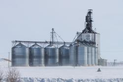 The new Paterson grain elevator in Morris, Manitoba 2014/02/23