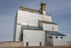 The grain elevator in Graysville, MB 2014/04/18
