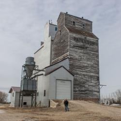 The Paterson grain elevator in Kane, Manitoba 2014/04/18