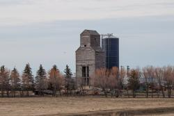 The former Glass grain elevator in Cooks Creek, MB 2014/04/27