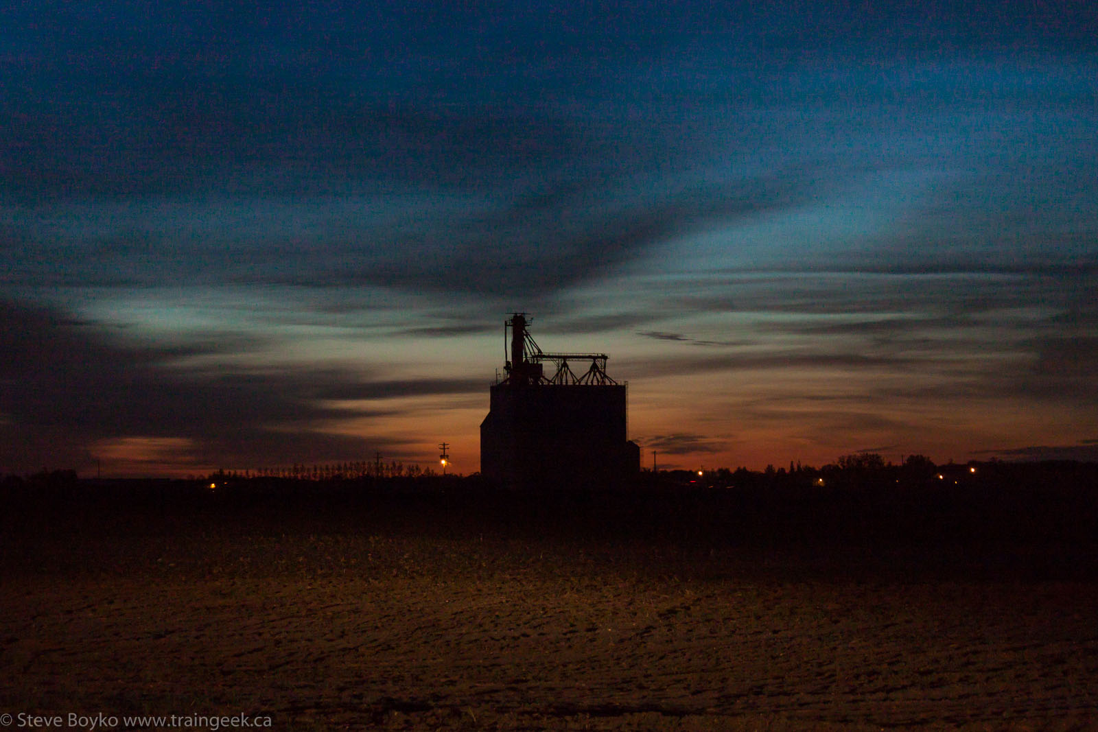 The Elie grain elevator 2014/05/31