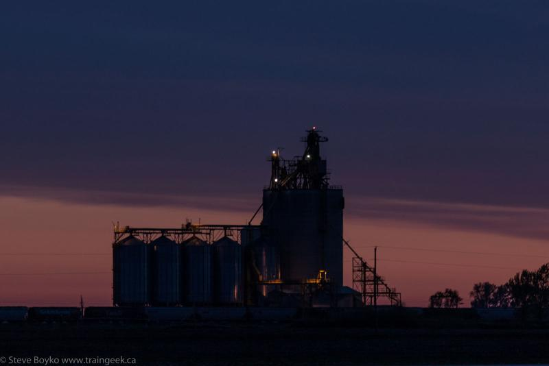 Viterra grain elevator at Tucker