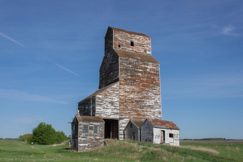 The Oberon grain elevator