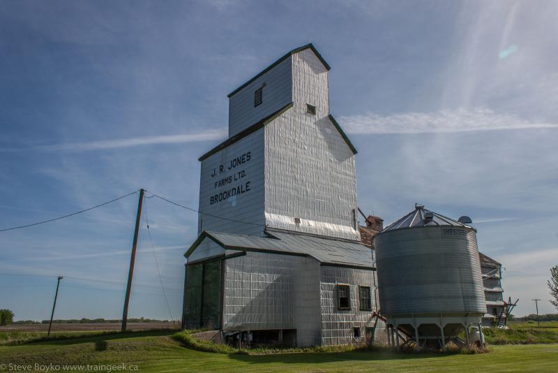 Brookdale grain elevator