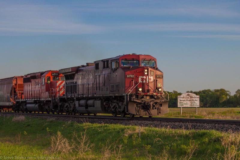 CP 9752 near Gladstone