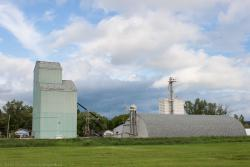 The small grain elevator in Niverville, MB 2014/06/30