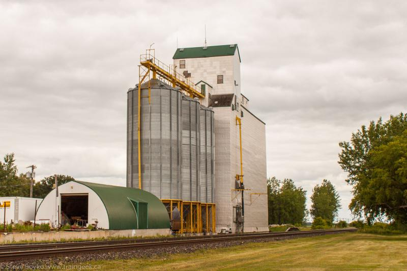 The Oakville grain elevator